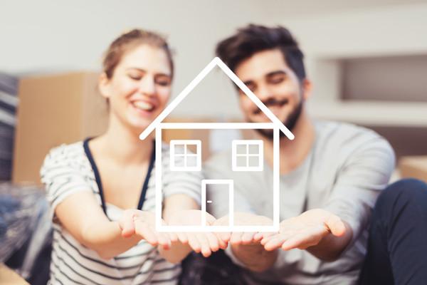 Försäljning och huspriser når rekordhöga siffror