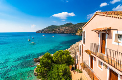 Rent to buy Spain house sea