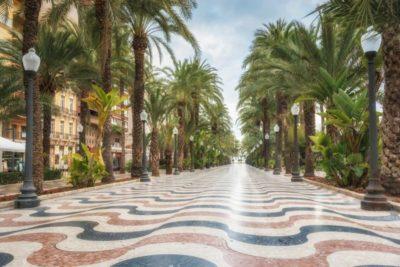 live in Alicante